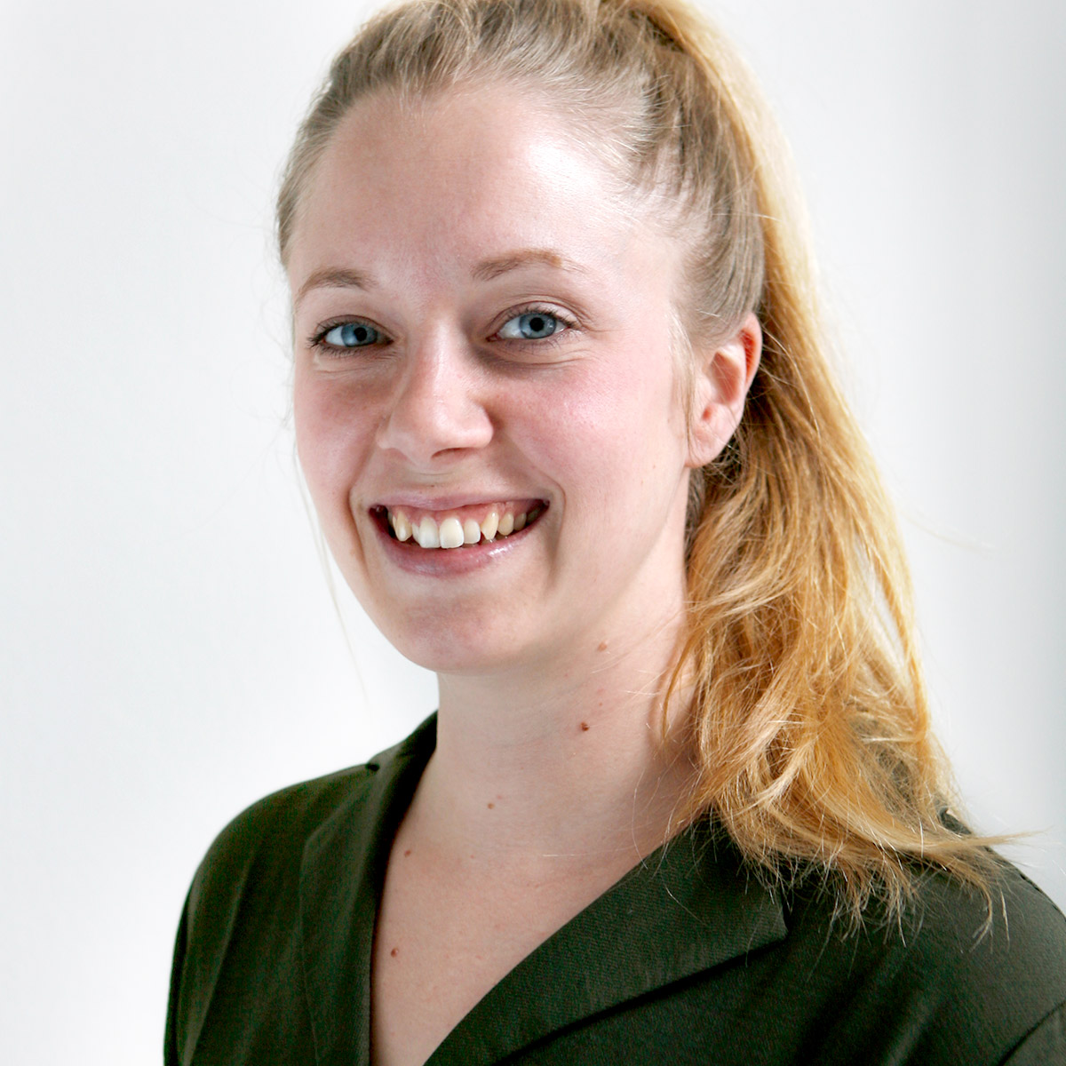 Ansprechpartnerin Jessica Bratka
